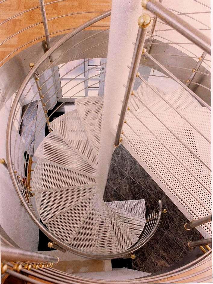 innen gel nder treppe 23 2. Black Bedroom Furniture Sets. Home Design Ideas